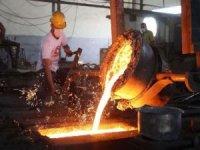 Sanayi üretimi yıllık yüzde 4,4 arttı