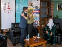 Teslim olan PKK'lı ailesiyle buluşturuldu