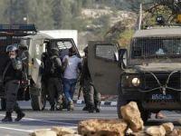 Siyonist işgal rejimi El-Em'ari mülteci kampına saldırı düzenledi