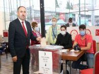 HÜDA PAR İstanbul İl Başkanı Elibüyük güven tazeledi