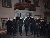 HDP'nin Diyarbakır'daki iki binasında polis araması sona erdi: 4 gözaltı