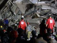 Kızılay Depremin İlk Gününde İzmir'i Yalnız Bırakmadı