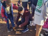 Siverek Umut Kervanı 600 çocuğa bot ve mont yardımında bulundu
