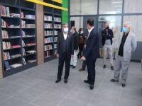 HÜDA PAR Batman İl Başkanı Şahin İl Halk Kütüphanesini ziyaret etti