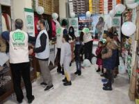 Diyarbakır Umut Kervanı ihtiyaç sahibi 350 çocuğu giydirdi