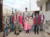 Avrupa Yetim Eli Midyat ilçesinde yetim çocukların yüzünü güldürdü