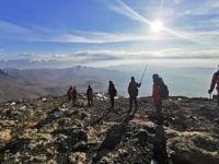 """Van UMKE Erek Dağı'na """"tırmanma yürüyüşü"""" gerçekleştirdi"""