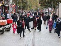 İstanbullular: WhatsApp'ın özel hayatı ihlal etmesi tedirginlik oluşturuyor
