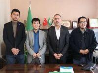 Uygur Müslümanlarından HÜDA PAR İstanbul İl Başkanlığına ziyaret