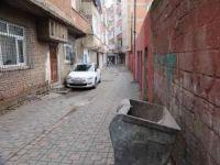 Diyarbakır'da çöp konteynerinde donarak hayatını kaybetmiş bebek bulundu