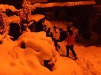 Kar nedeniyle mahsur kalan hasta UMKE ekiplerince kurtarıldı