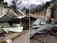 Bursa'da sanayi sitesinde hortum: 20 iş yeri ve 12 araç zarar gördü