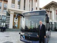 Cumhurbaşkanı Erdoğan elektrikli sürücüsüz otobüsü test etti