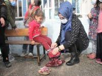 Şırnak'ta 500 köy çocuğuna kışlık giyecek yardımı