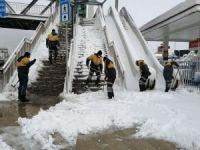 İstanbul'da kar kalınlığı 30 santimetreye kadar çıktı