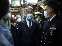 TSK Komuta Kademesi TCG GÜR denizaltısında incelemelerde bulundu