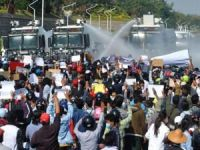Myanmar'da darbe karşıtı gösterilere müdahale: 33 ölü