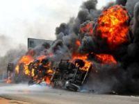 Nijerya'da yakıt tankeri patladı: En az 12 ölü yüzden fazla ev yandı