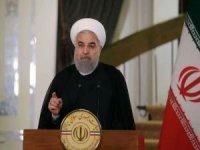 İran Cumhurbaşkanı Ruhani: Siyonist rejimin iki büyük fitnesi yenilgiye uğramaktadır