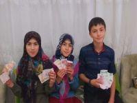 Çocuklar bayram harçlıklarını Filistinli çocuklara bağışladı