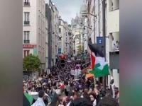 Paris'te on binler 'Katil israil' sloganları attı