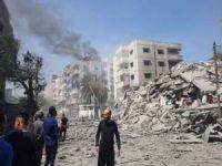 Siyonist işgal rejimi Gazze'de 2 bakanlık binasını bombaladı