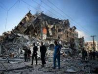 Gazze'de sivil yerleşim yerlerinin bombalandığı görüntüler dehşetin boyutunu gözler önüne seriyor