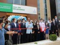 Bakan Kasapoğlu Cizre'de Gençlik Merkezi açılışına katıldı