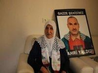"""Mavi Marmara şehidinin annesi: """"Kudüs yolunda bütün çocuklarımı şehit vermeye hazırım"""""""