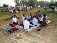 HÜDA PAR Şanlıurfa heyeti tarım işçilerinin sorunlarını yerinde tespit etti