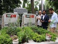 HÜDA PAR İstanbul İl Başkanlığı Mavi Marmara şehitlerini kabirleri başında rahmetle andı
