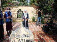 Mavi Marmara şehidi Fahri Yaldız kabri başında anıldı