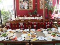 """Mardin'de """"Dünya Kahvaltı Günü"""" etkinliği yapıldı"""