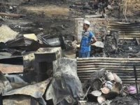Arakanlı Müslümanların kaldığı kampta yangın