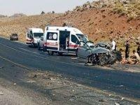 Diyarbakır'da trafik kazası: 2 ölü 3 yaralı