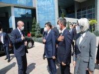 Cumhurbaşkanı Erdoğan'dan Gölbaşı Belediye Başkanı Şimşek'e ziyaret