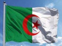 Cezayir'de yapılan erken seçimin ardından yeni hükümet kuruldu