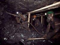 Pakistan'da madende patlama: Çok sayıda kişi mahsur