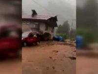 Rize'de sel felaketi: 3 kişi kayıp