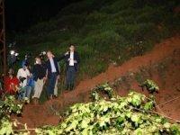 Rize'de sel ve heyelanın ardından kayıp 5 kişi aranıyor