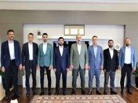 HÜDA PAR İstanbul İl Başkanı Güvendik'ten AK Parti il başkanına ziyaret