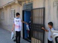 Umut Kervanı Ergani'de ihtiyaç sahiplerine kurban eti dağıttı