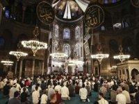 Diyanet İşleri Başkanı Erbaş, Ayasofya Camiinde Kur'an-ı Kerim okudu