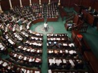 Tunus Parlamento Ofisinden darbeye tepki