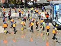 Afetlere yardım kampanyasına 324 milyon lira bağış