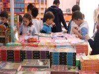 """Bakanlıktan çocuklar için """"Güvenli Kitap"""" listesi"""
