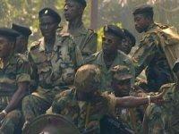 Gine'de askeri darbe girişimi