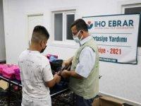 IHO-EBRAR öğrencilere kırtasiye yardımında bulundu