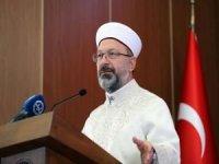 """Erbaş: """"İslam'ın hakikatleri ile gençliğin heyecanının buluşması, dünyayı değiştirecektir"""""""