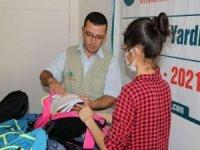 IHO-EBRAR yetim öğrencilere kırtasiye yardımında bulundu
